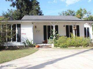 4711 Cedarwood Rd, Jacksonville, FL 32210 (MLS #1137657) :: The Hanley Home Team