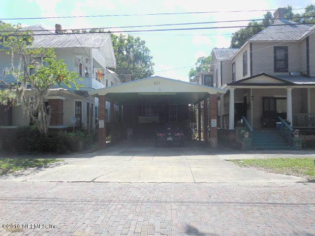 211 S 4TH St, Palatka, FL 32177 (MLS #833416) :: Sieva Realty