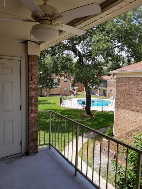 5201 Atlantic Blvd #104, Jacksonville, FL 32207 (MLS #883571) :: EXIT Real Estate Gallery