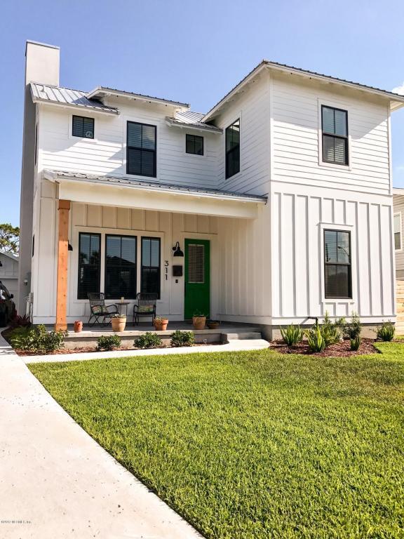 311 Magnolia St, Neptune Beach, FL 32266 (MLS #888592) :: EXIT Real Estate Gallery