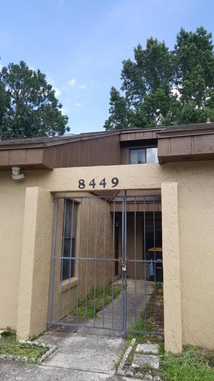 8449 Windypine Ln, Jacksonville, FL 32244 (MLS #888805) :: EXIT Real Estate Gallery