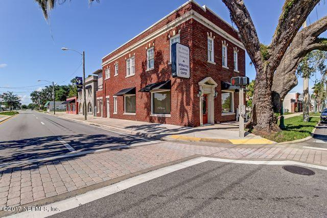 338 Central Ave, Crescent City, FL 32112 (MLS #899423) :: Berkshire Hathaway HomeServices Chaplin Williams Realty