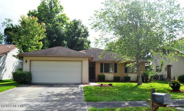 11637 Tyndel Creek Dr, Jacksonville, FL 32223 (MLS #902965) :: EXIT Real Estate Gallery