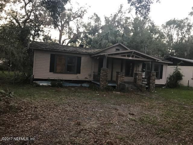 208 Cleveland Ave, Palatka, FL 32177 (MLS #905454) :: EXIT Real Estate Gallery