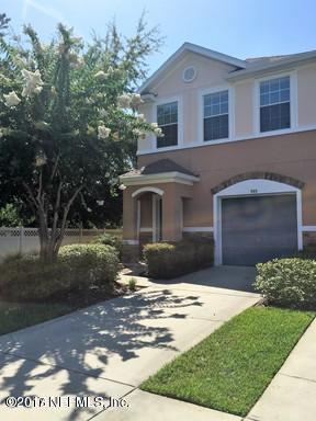 555 Crystal Way, Orange Park, FL 32065 (MLS #910426) :: Sieva Realty