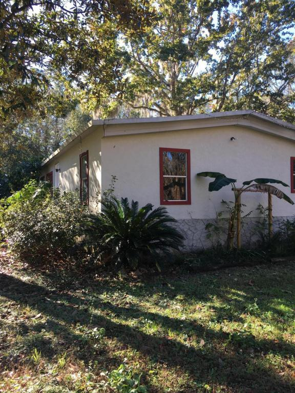 905 Little Pond Rd, GREEN COVE SPRINGS, FL 32043 (MLS #912455) :: EXIT Real Estate Gallery