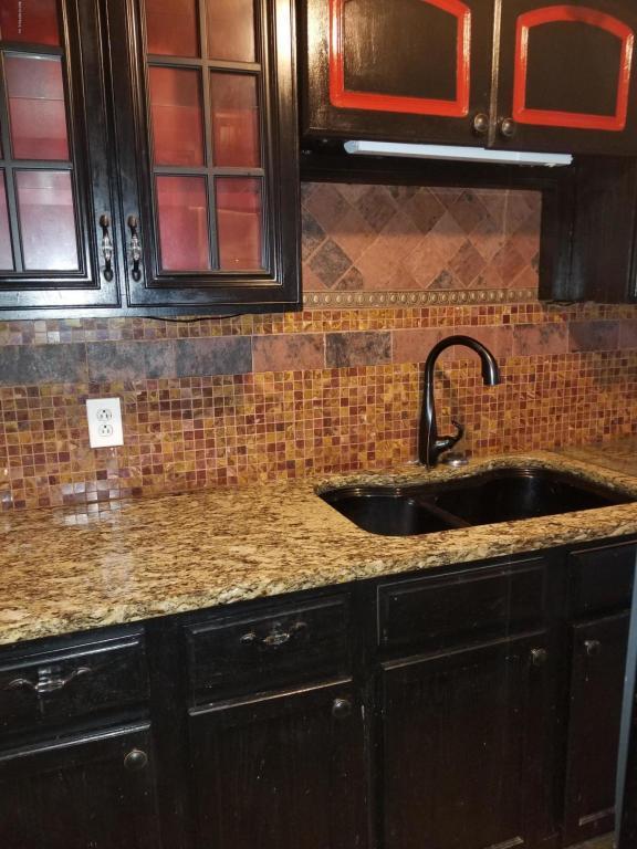2554 Rickenbacker St, Jacksonville, FL 32209 (MLS #915161) :: EXIT Real Estate Gallery