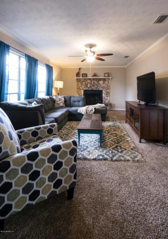 5460 Forrest Dr, Orange Park, FL 32073 (MLS #915279) :: EXIT Real Estate Gallery