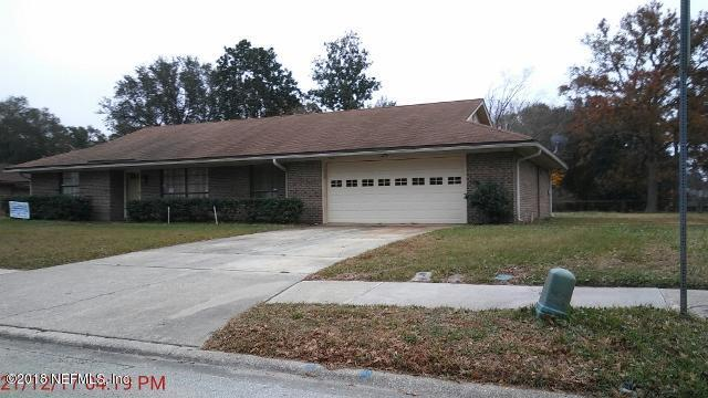7008 Ft Caroline Hills Dr, Jacksonville, FL 32277 (MLS #915339) :: EXIT Real Estate Gallery