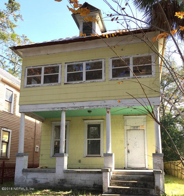 1839 N Liberty St, Jacksonville, FL 32206 (MLS #916511) :: Green Palm Realty & Property Management