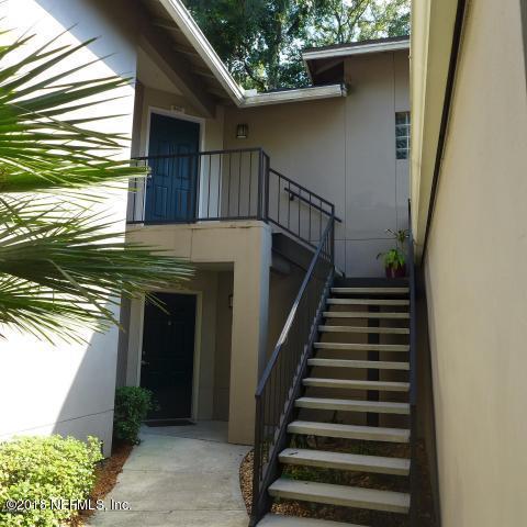 10150 Belle Rive Blvd #902, Jacksonville, FL 32256 (MLS #917405) :: EXIT Real Estate Gallery