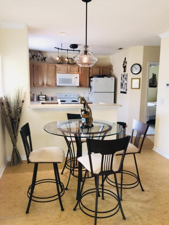 1800 The Greens Way #1104, Jacksonville Beach, FL 32250 (MLS #917467) :: RE/MAX WaterMarke