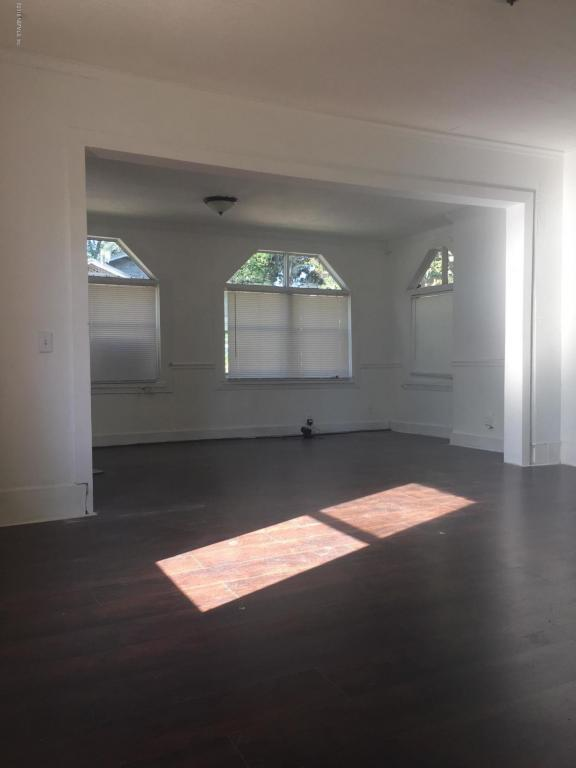578 E 60TH St, Jacksonville, FL 32208 (MLS #919580) :: EXIT Real Estate Gallery