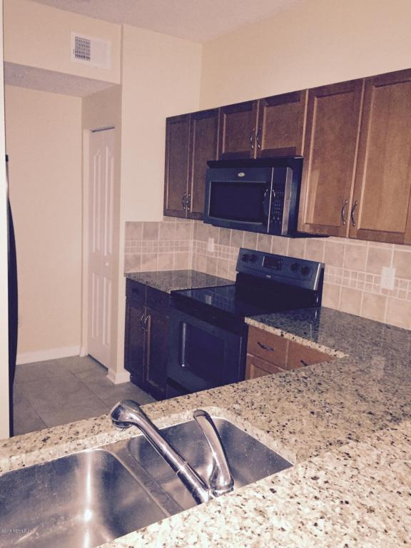 10435 Midtown Pkwy #221, Jacksonville, FL 32246 (MLS #926243) :: RE/MAX WaterMarke