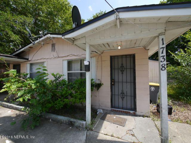1736 W 26TH St, Jacksonville, FL 32209 (MLS #926452) :: EXIT Real Estate Gallery