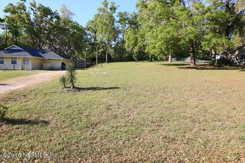 192 SE 28TH Way, Melrose, FL 32666 (MLS #928731) :: St. Augustine Realty