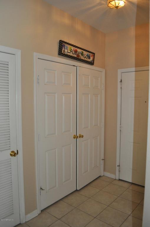 7990 Baymeadows Rd E #724, Jacksonville, FL 32256 (MLS #933114) :: Memory Hopkins Real Estate