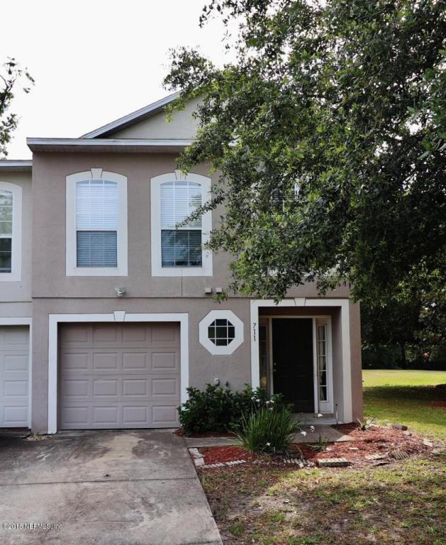 711 Talking Tree Dr, Jacksonville, FL 32205 (MLS #936429) :: EXIT Real Estate Gallery