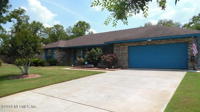 2636 Sandlewood Cir, Orange Park, FL 32065 (MLS #936707) :: The Hanley Home Team