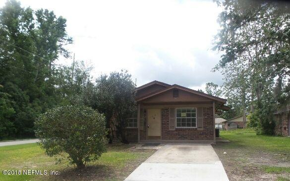 1201 Spruce St, GREEN COVE SPRINGS, FL 32043 (MLS #936982) :: The Hanley Home Team