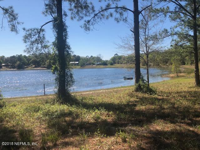 5724 SE 4TH Ave, Keystone Heights, FL 32656 (MLS #937078) :: St. Augustine Realty
