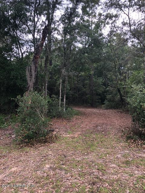 8074 County Line Rd, Melrose, FL 32666 (MLS #940108) :: EXIT Real Estate Gallery
