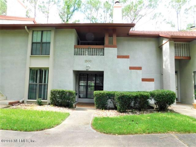 2505 Wood Hill Dr #2505, Jacksonville, FL 32256 (MLS #940511) :: EXIT Real Estate Gallery