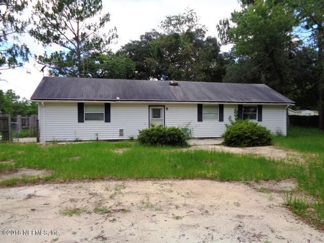 166 Halifax Ave, Interlachen, FL 32148 (MLS #941066) :: EXIT Real Estate Gallery