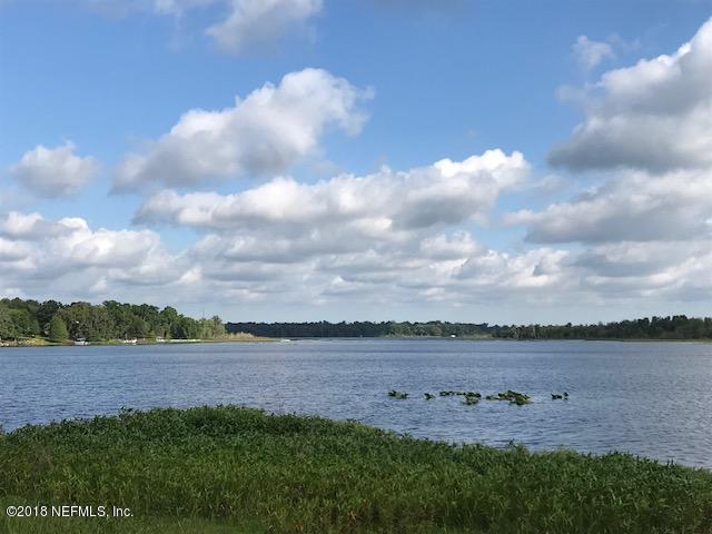 124 Little Orange Lake Dr, Hawthorne, FL 32640 (MLS #941519) :: 97Park