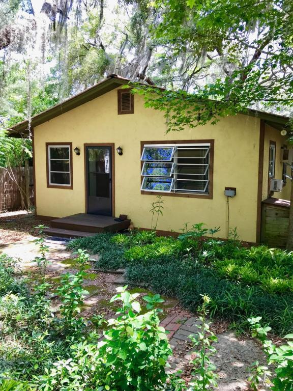 219 N Cooper Lake Dr, Interlachen, FL 32148 (MLS #941963) :: Keller Williams Atlantic Partners