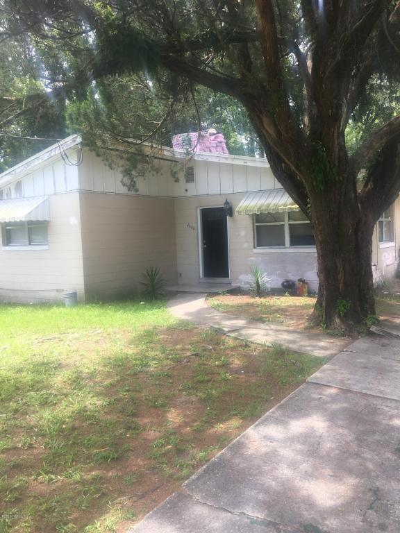 4646 Effingham Rd, Jacksonville, FL 32208 (MLS #942085) :: The Hanley Home Team