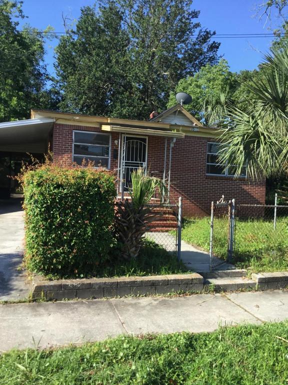 1546 W 36TH St, Jacksonville, FL 32209 (MLS #942748) :: The Hanley Home Team