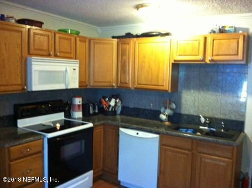 6304 Jammes Rd, Jacksonville, FL 32244 (MLS #949516) :: EXIT Real Estate Gallery