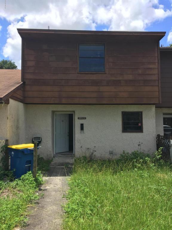 7660 Arble Dr, Jacksonville, FL 32211 (MLS #951290) :: The Hanley Home Team