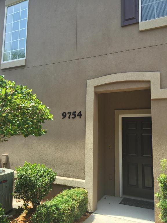 9754 Summer Grove Way W #9754, Jacksonville, FL 32257 (MLS #951999) :: Berkshire Hathaway HomeServices Chaplin Williams Realty