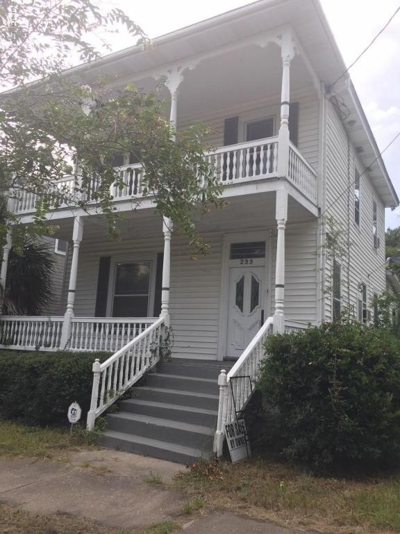 233 E 2ND St, Jacksonville, FL 32206 (MLS #952254) :: Memory Hopkins Real Estate