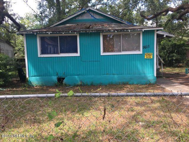 1611 W 33RD St, Jacksonville, FL 32209 (MLS #952377) :: EXIT Real Estate Gallery