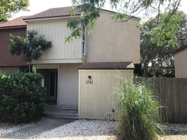 1741 Seminole Rd, Atlantic Beach, FL 32233 (MLS #952732) :: Summit Realty Partners, LLC