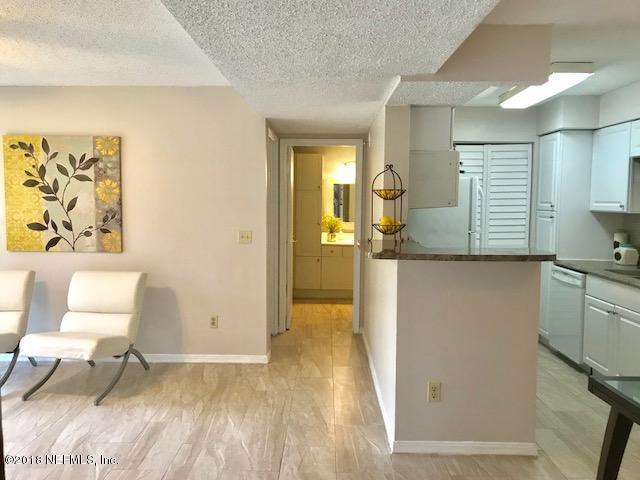 10200 Belle Rive Blvd #75, Jacksonville, FL 32256 (MLS #955645) :: The Hanley Home Team