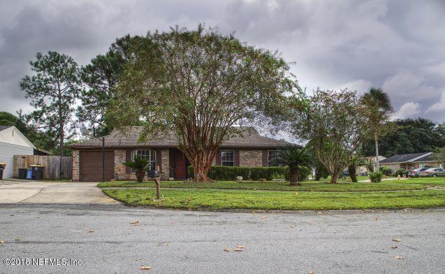 8252 Yolanda Ct, Jacksonville, FL 32210 (MLS #955753) :: St. Augustine Realty