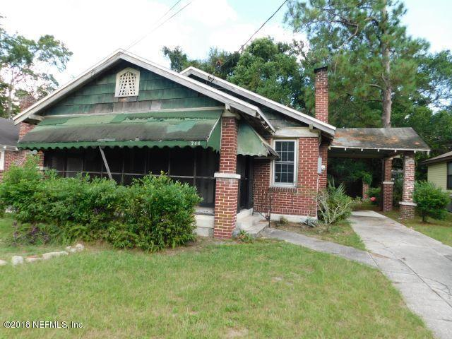 744 Broxton St, Jacksonville, FL 32208 (MLS #956978) :: EXIT Real Estate Gallery