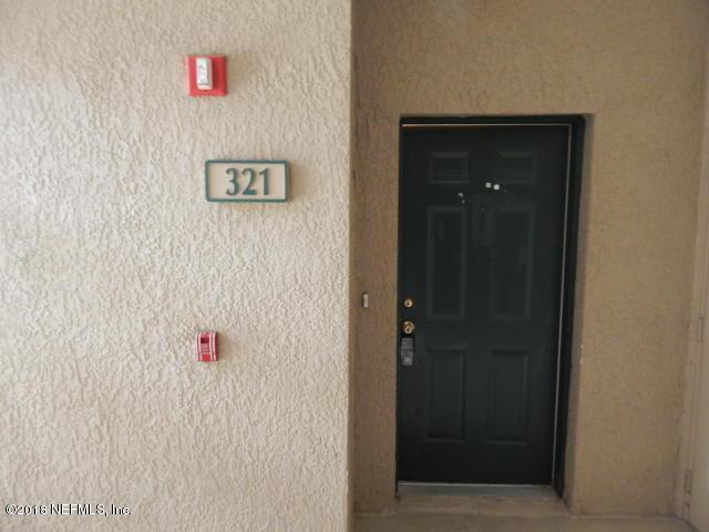785 Oakleaf Plantation Pkwy #321, Orange Park, FL 32065 (MLS #960618) :: Pepine Realty