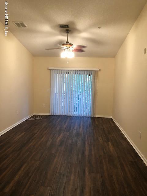 6788 Manotak Oaks Dr #206, Jacksonville, FL 32210 (MLS #978176) :: Ponte Vedra Club Realty | Kathleen Floryan