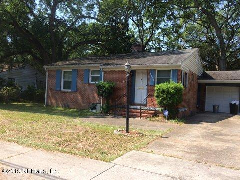 2738 Spring Park Rd, Jacksonville, FL 32207 (MLS #982813) :: The Hanley Home Team
