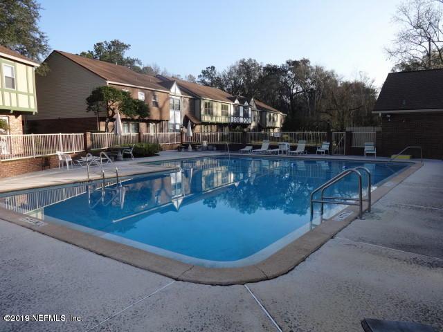 8225 Kensington Square, Jacksonville, FL 32217 (MLS #984304) :: Ponte Vedra Club Realty | Kathleen Floryan