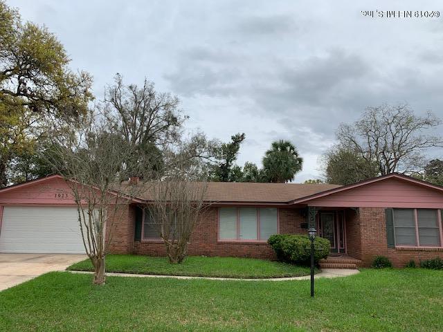 1923 Oakmont Dr, Jacksonville, FL 32211 (MLS #984356) :: Florida Homes Realty & Mortgage