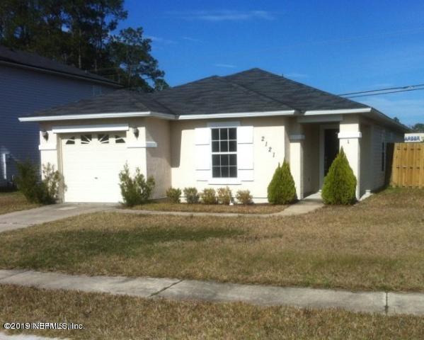 2121 Fresco Dr, Middleburg, FL 32068 (MLS #984436) :: EXIT Real Estate Gallery