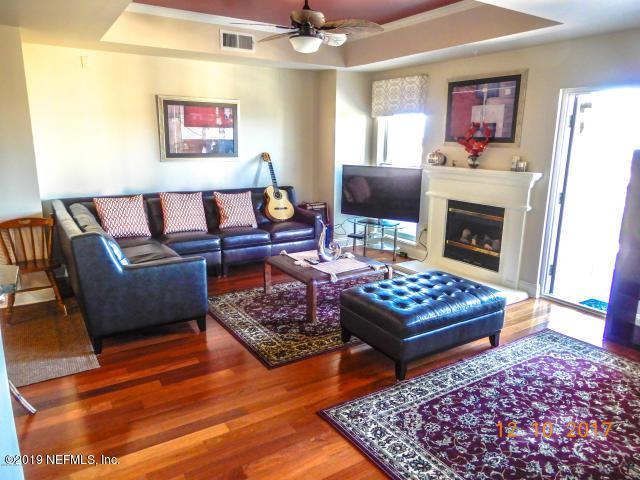 400 Bay St #1204, Jacksonville, FL 32202 (MLS #990452) :: Noah Bailey Real Estate Group