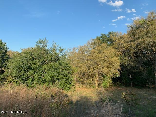 5769 Crater Lake Cir, Keystone Heights, FL 32656 (MLS #990851) :: The Edge Group at Keller Williams
