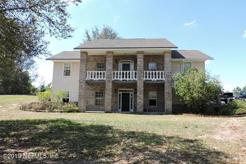 5754 Crater Lake Cir, Keystone Heights, FL 32656 (MLS #991466) :: The Edge Group at Keller Williams